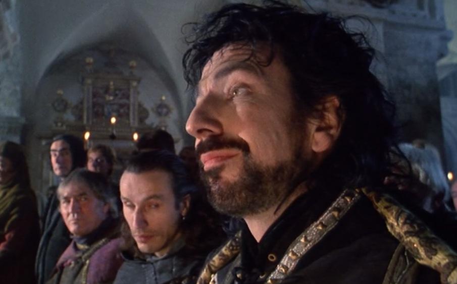 robin-hood-prince-of-thieves-sheriff-in-church-alan-rickman